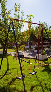 mourkos-apartments-barbeque-playground